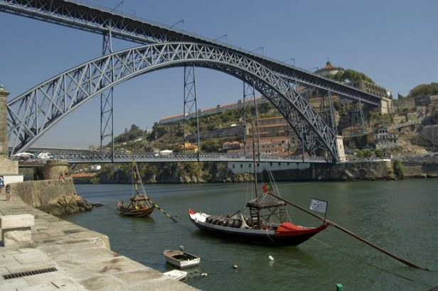 Best places for design lovers in Porto Best places for design lovers in Porto Best places for design lovers in Porto Ponte Dom Luis I Copy